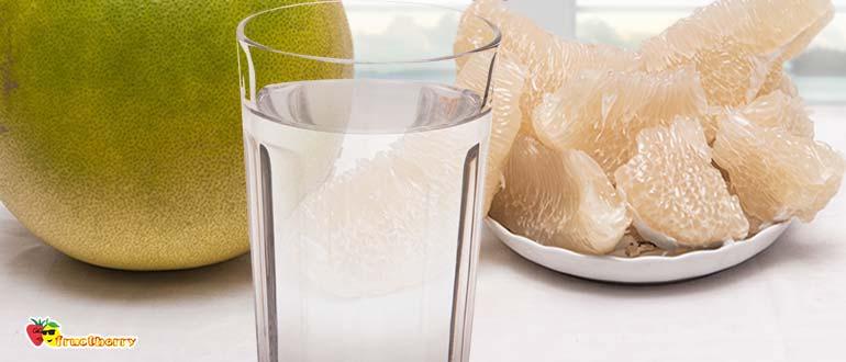 помело и стакан воды