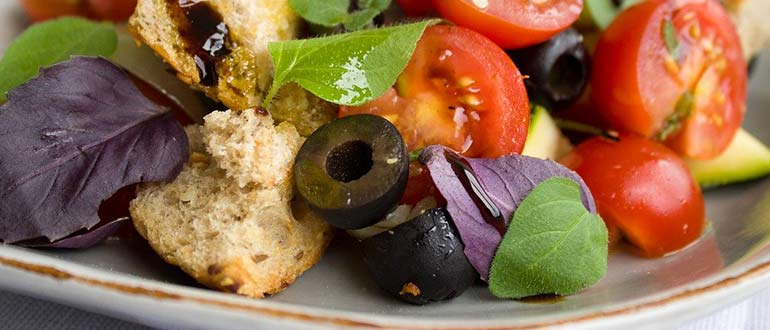 маслины салат
